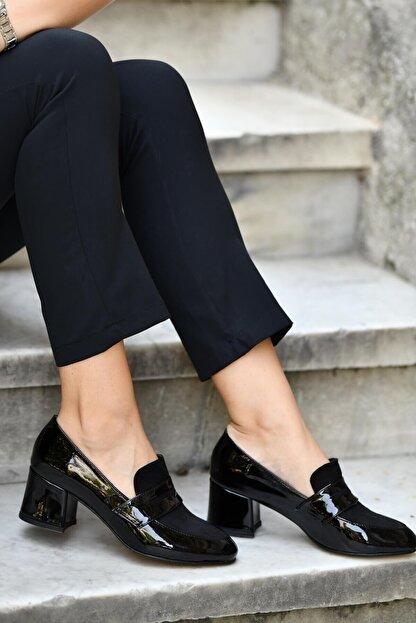 Mio Gusto Siyah Kadın Topuklu Ayakkabı 01050BLR