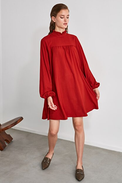 TRENDYOLMİLLA Kiremit Geniş Kesim Elbise TWOAW21EL0201