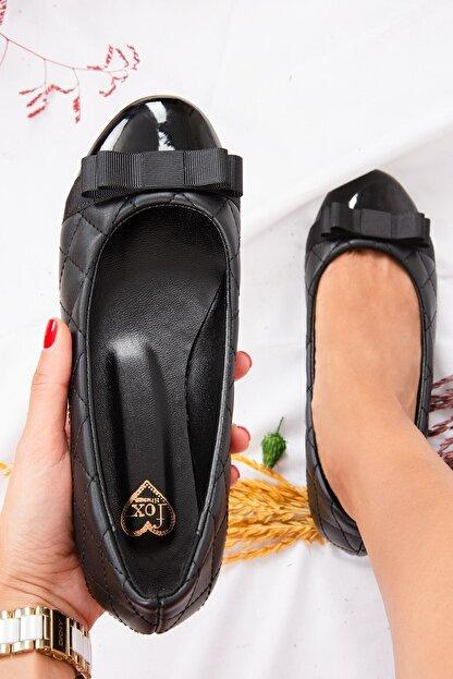 Fox Shoes Siyah Kapitone Kadın Babet D726019509