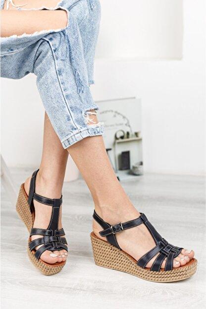 Deripabuc Hakiki Deri Siyah Kadın Dolgu Topuklu Deri Sandalet Dp55-2617