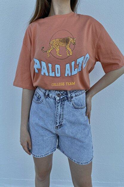 Tuğbanın Butiği Kadın Palo Alto Baskılı Mercan Renk T-shirt