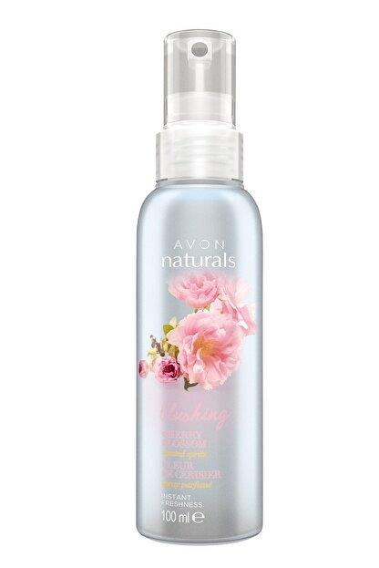 Avon Naturals Blushing 100 Ml Kadın Vücut Spreyi 8681298968146