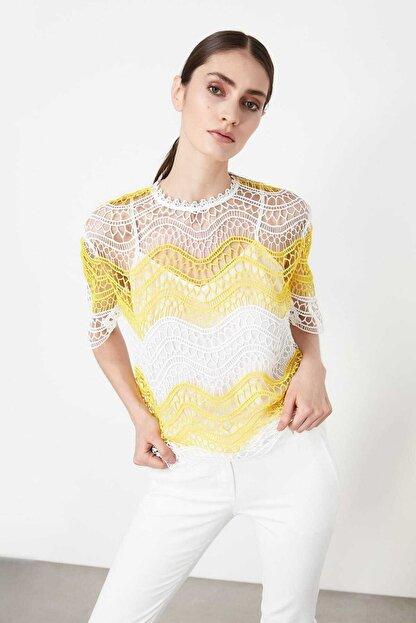 İpekyol Kadın Kırık Beyaz Color Block Güpür Bluz