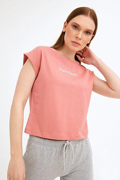 Fullamoda Kadın Pembe Keep Going Baskılı Tshirt