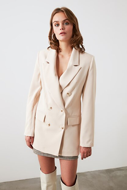 TRENDYOLMİLLA Bej Düğmeli Blazer Ceket TWOAW20CE0130