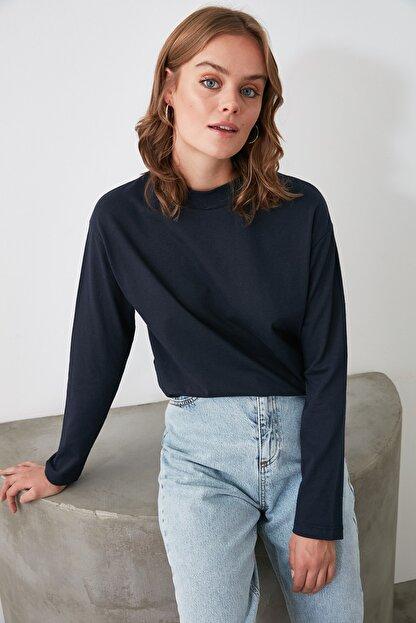 TRENDYOLMİLLA Lacivert Uzun Kollu Dik Yaka Örme T-Shirt TWOAW20TS0233