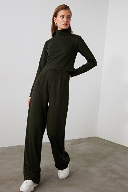 TRENDYOLMİLLA Haki Flare Örme Pantolon TWOAW21PL0480