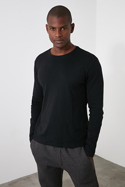 TRENDYOL MAN Siyah Erkek Slim Fit Bisiklet Yaka Uzun Kollu Basıc T-shirt TMNAW20TS0199