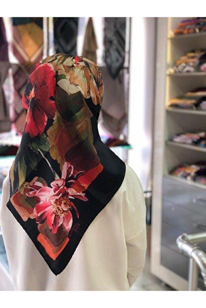 Armine Kadın Siyah Kırmızı Yeşil Twill Nostalji Çiçek Desen Eşarp