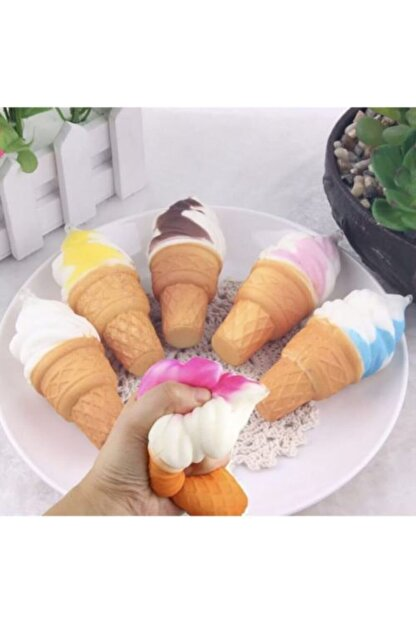 Squishy Dondurma 16 Cm Yavaş Yükselen Sukuşi Oyuncak Kremalı Dondurma