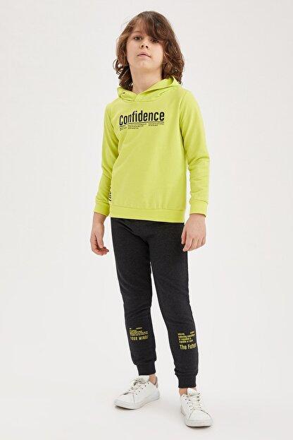 Defacto Erkek Çocuk Yazı Baskılı Sweatshirt ve Jogger Eşofman Alt Takım