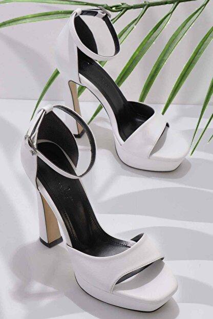 Bambi Beyaz Kadın Abiye Ayakkabı K01925010009