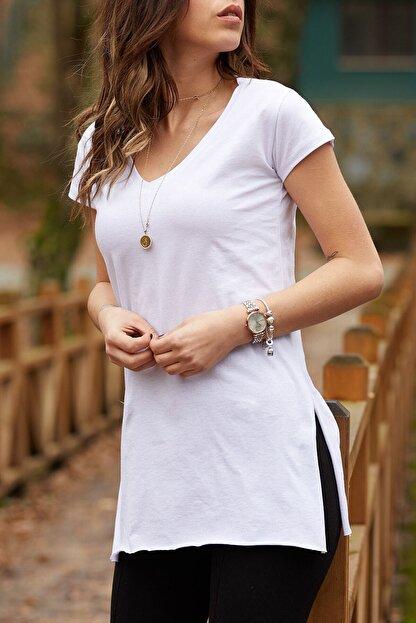 XHAN Kadın Beyaz V Yaka Yırtmaçlı Basic T-shirt