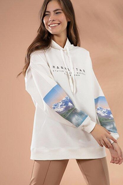 Pattaya Kadın Beyaz Kol Detaylı Kapşonlu Sweatshirt P20W-4128