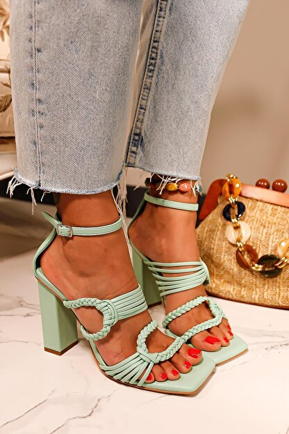 Limoya Kadın Su Yeşili Örgü Detaylı Topuklu Sandalet