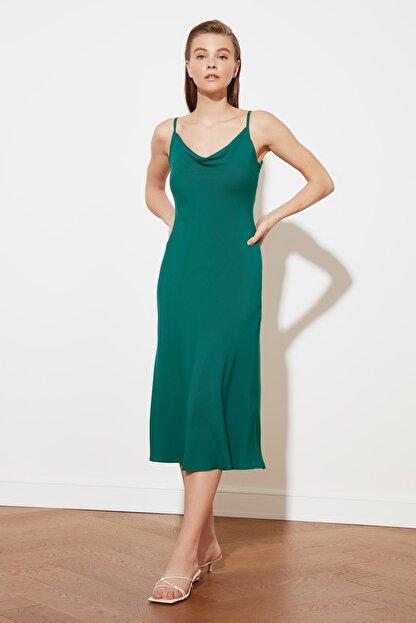 TRENDYOLMİLLA Yeşil Askılı Elbise TWOSS19EL0172