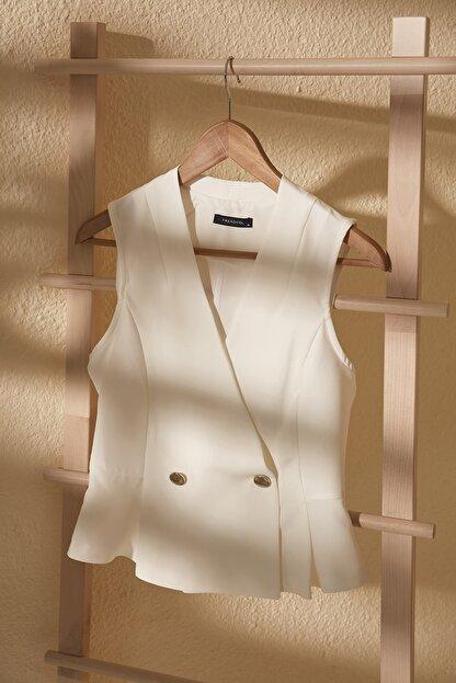 TRENDYOLMİLLA Beyaz Kruvaze Kolsuz Bluz TWOSS20BZ1449