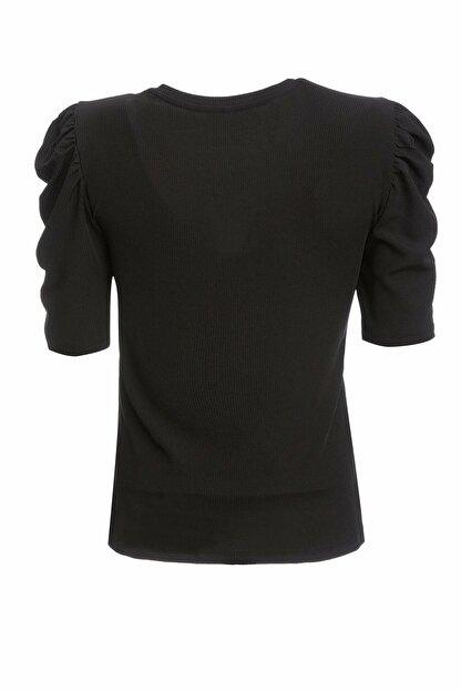 Defacto Kadın Siyah Büzgülü Kısa Kollu T-Shirt R3667AZ.20SP.BK27