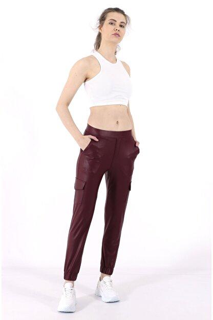 TREND34 Kadın Bordo Deri Görünümlü Cepli Pantolon