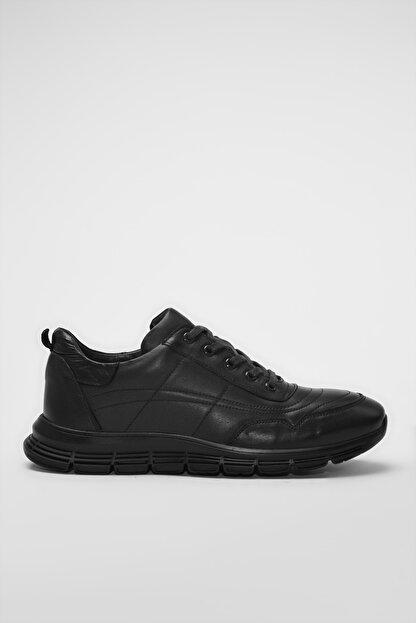 Hotiç Hakiki Deri Siyah Erkek Sneaker 02AYH194460A480