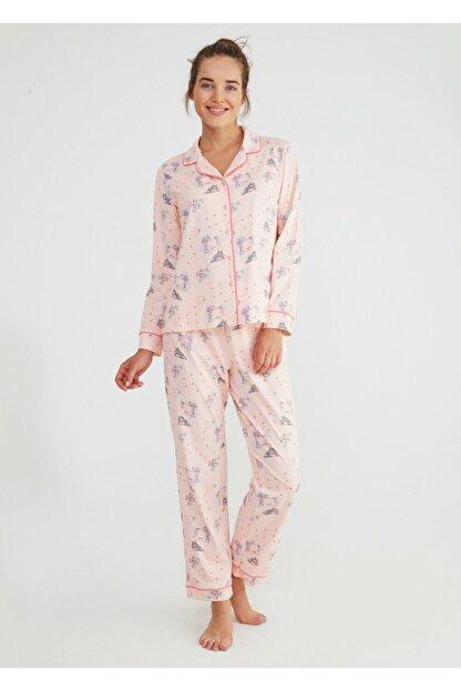 Suwen Kadın Pembe Baskılı Hug Me Maskulen Pijama Takımı