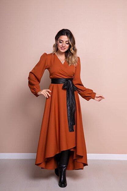 Bidoluelbise Kadın Tarçın Siyah Deri Kemerli Tarçın Uzun Kol Asimetrik Kesim Elbise