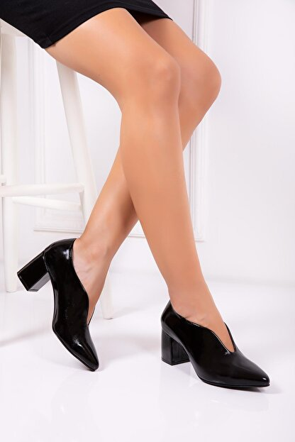 Deripabuc Hakiki Deri Siyah Rugan Kadın Topuklu Deri Ayakkabı Shn-0227