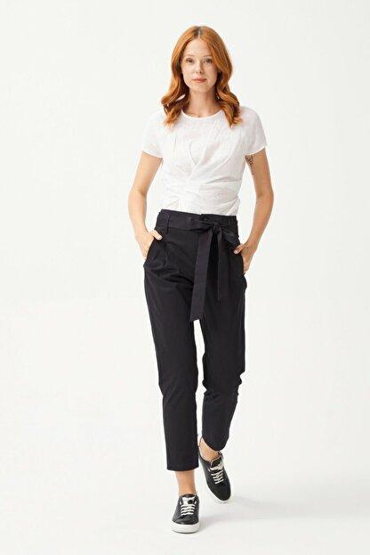 adL Kadın Siyah Düğmeli Pantolon