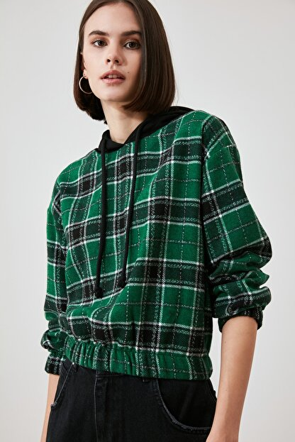TRENDYOLMİLLA Çok Renkli Kapüşonlu Bluz TWOAW21BZ1399