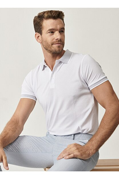 Altınyıldız Classics Erkek Beyaz Düğmeli Polo Yaka Cepsiz Slim Fit Dar Kesim Düz Tişört