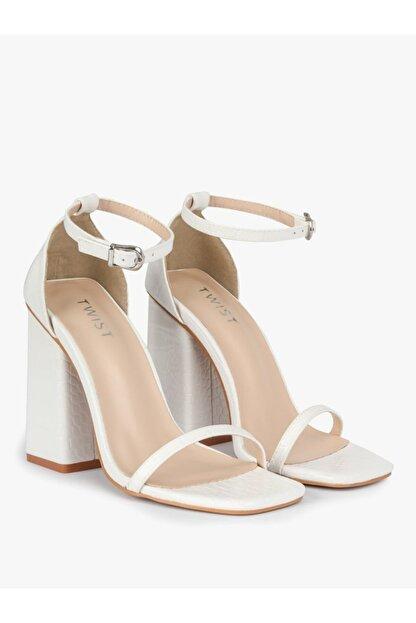 Twist Kadın Beyaz İnce Bantlı Topuklu Ayakkabı