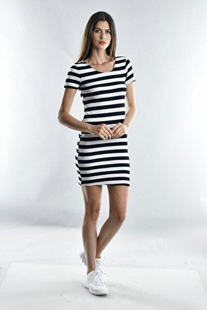 Cotton Mood Kadın Sıyah Beyaz Kalın Çizgili Kaşkorse Arkası Çapraz Biyeli Kısa Kol Elbise