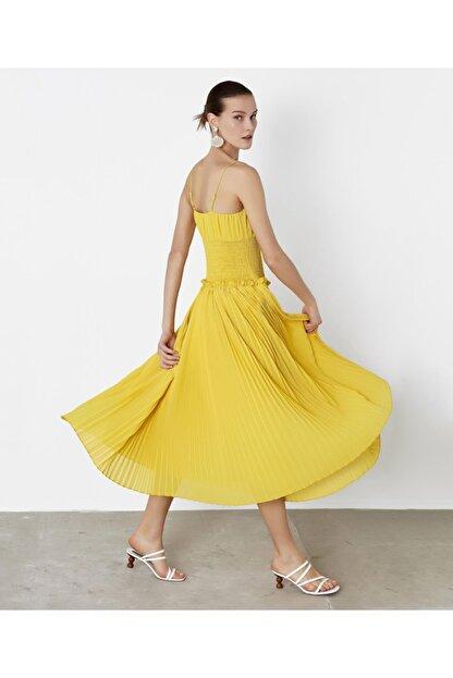 İpekyol Kadın Sarı Bel Vurgulu Askılı Elbise