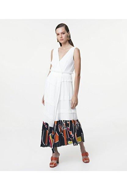 İpekyol Kadın Beyaz Eteği Kumaş Mixli Anvelop Elbise