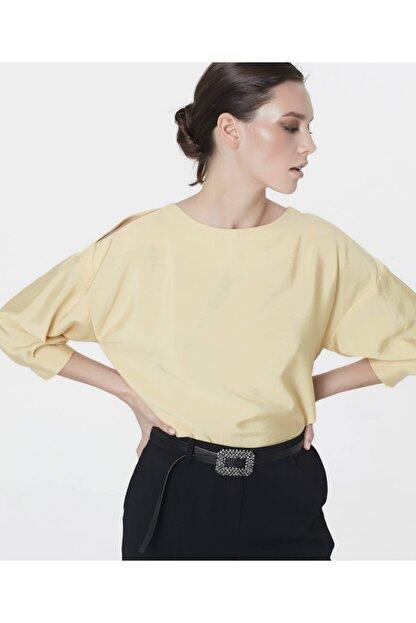 İpekyol Kadın Sarı Omuz Pencereli Bluz