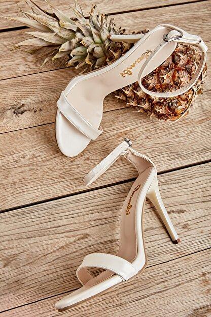 Bambi Beyaz Sedef Kadın Abiye Ayakkabı K01527007909