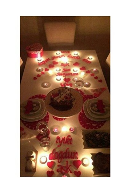 Parti Dolabı 25 Parça Romantik Doğum Günü Masa Süslemesi Kırmızı Keçe Seti