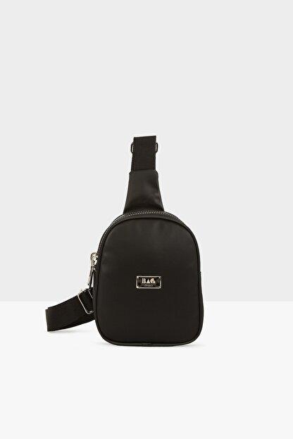 Bagmori Siyah Kadın Kalın Çift Fermuarlı Saten Mini Çapraz Çanta M000004419
