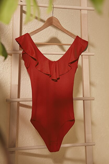 TRENDYOLMİLLA Kırmızı Fitilli Çıtçıtlı Örme Body TWOSS20BD0033