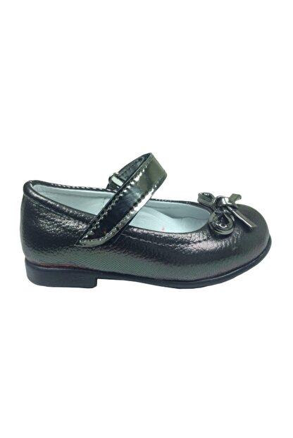 ORTAÇ Tıpış Tıpış Ilkadım Platin Rugan Bıyık Fiyonk Kız Çocuk Babet Ayakkabı Içi % 100 Deri Abiye
