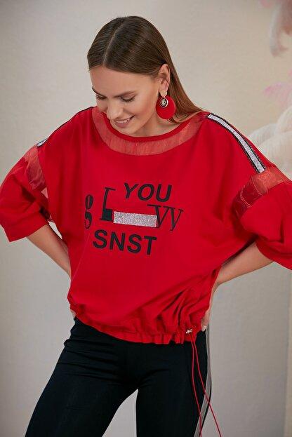 SONESTA Kadın Kırmızı Baskılı Ve Taşlı Stil T-shirt