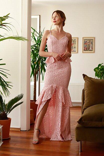 TRENDYOLMİLLA Pembe Peplumlu Dantel Abiye & Mezuniyet Elbisesi TPRSS20AE0175