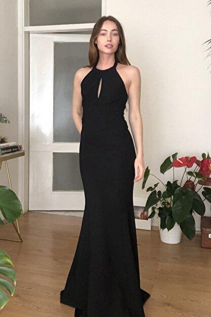 TRENDYOLMİLLA Siyah Yaka Detaylı Abiye & Mezuniyet Elbisesi TPRSS20AE0205