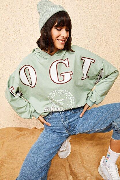 Bianco Lucci Kadın Mint Yeşili Kapüşonlu Yeşil Login Baskılı Oversize Sweatshirt 10121035