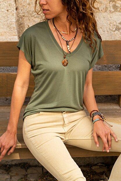 Güneşkızı Kadın Haki V Yaka Yarasa Kol Basic T-shirt Gk-jr211