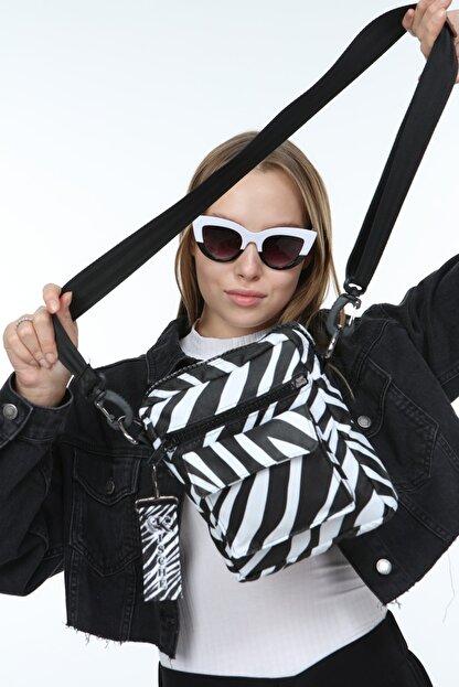 KISCHE Kadın Zebra Desenli Omuz Çantası