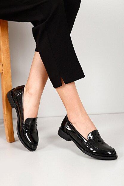 GÖNDERİ(R) Siyah Rugan Kadın Günlük (Casual) Ayakkabı 37102