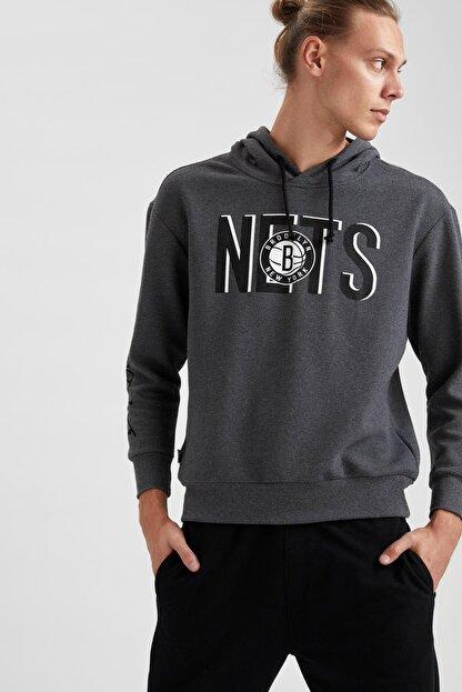 Defacto Erkek Gri Nba Lisanslı Kapüşonlu Oversize Fit Sweatshirt