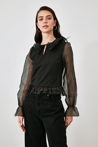 TRENDYOLMİLLA Siyah Tül Detaylı Bluz TWOAW21BZ1577