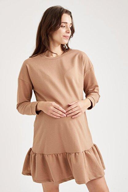 Defacto Volanlı Etek Detaylı Hamile Elbisesi
